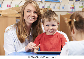 korzystać, tabliczka, scool, porcja, uczeń, cyfrowy, elementarny, nauczyciel