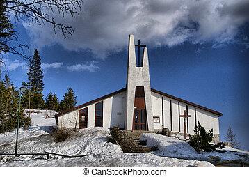 Kostol - Odfotene na Strbskom plese vo Vysokych Tatrach