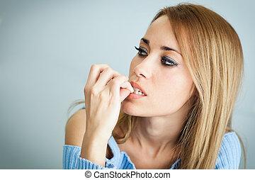 kostyczne paznokcie, kobieta, jej, zmartwiony