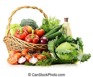 kosz, wiklina, warzywa