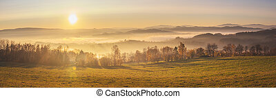 krajina, -, les, louky, kopcovitý, hory, mlha, západ slunce