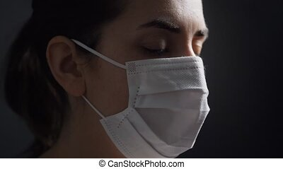 krank, aufschließen, frau, medizin, schützende maske