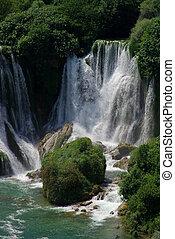 kravica, 滝, 09