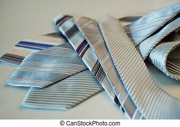 krawaty, menu