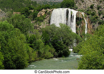 Krcic waterfall 03