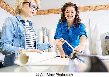 kreślarz, biuro, pracujący kobiety
