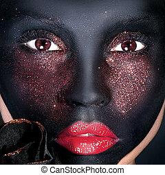 kreativ, porträt, von, frau, mit, schwarz, mask.