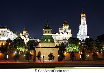 Moscow Kremlin series. View on a group of Ortodoxal churches: Annunciation Cathedral, Cathedral of the Archangel Michael and The Ivan the Great Bell Tower. Moscow, Russia.