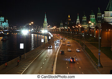 Kremlin quay at night