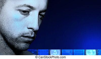 kriminell, sehen unten, mit, blaue lichter, von, polizei- auto, in, der, hintergrund