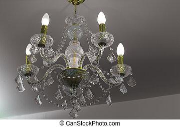 Kronleuchter Glaskristalle ~ Kristalle kronleuchter reihen arrangiert viele kronleuchter