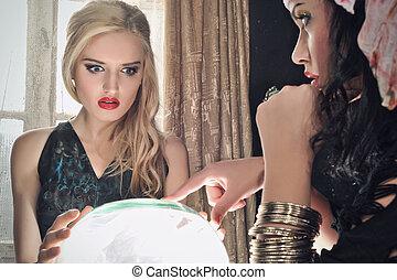 kristallkula, rikedom bankkassör, henne
