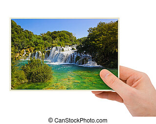krka, wasserfall, (croatia), photographie, in, hand