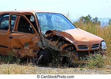 krossat, liten bil