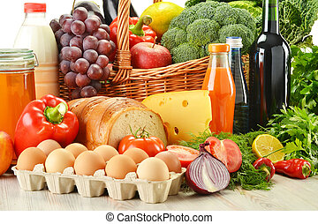 kruidenierswaren, in, wicker mand, incluis, groentes, en,...