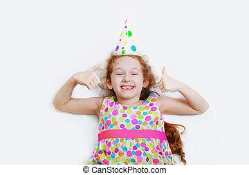 krullend, carnaval, licht, bovenzijde, hoog, lachen, achtergrond, partij meisje, overzicht., het liggen, hoedje