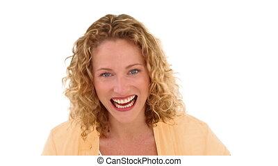 krullend, haired, vrouw, het tonen, ons, de, sleutels, van,...