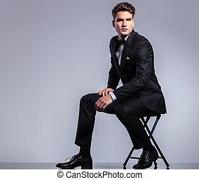 krzesło, człowiek, młody, handlowy, posiedzenie