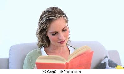 książka, blond, kobieta czytanie