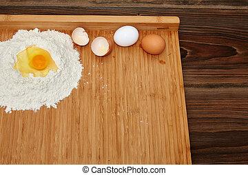 Kuchen Zutaten zum Backen - Kuchen Zubereitung mit Mehl und ...