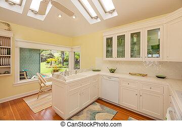 kuchnia, w, piękny, dom