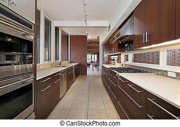 dunkel holz cabinetry kueche cabinetry dunkel holz stockfoto fotografien und. Black Bedroom Furniture Sets. Home Design Ideas