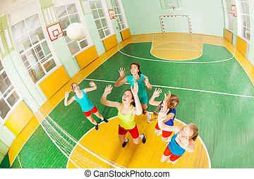 kugel, mädels, volleyball, spiel, fangen, während