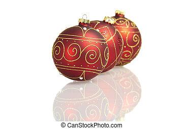 kugeln, groß, drei, widergespiegelt, hintergrund, weißes weihnachten, rotes