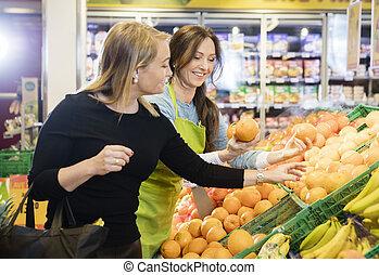 kunde, kaufmannsladen, verkäuferin, wählen, orangen