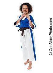 kung fu, niño, en acción, póngase listo, para, más