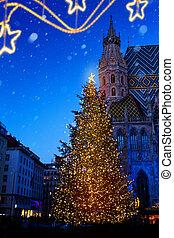kunst, europeaan, christmas;, kerstboom, en, oude stad