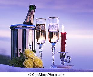 kunst, romantische, aanzicht, met, champagne, en, kaarsstandaarden brandend, in, de, hemel