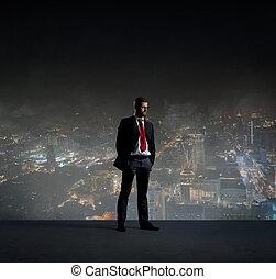 kupiec stanie, na, noc, miasto, tło., praca, handlowy, kariera, concept.