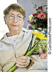 kvinde, blomster, gammelagtig