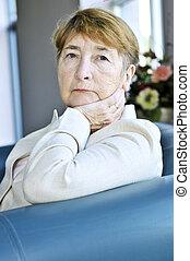 kvinde, gammelagtig, sørgelige