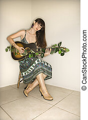 kvinde, guitar., spille