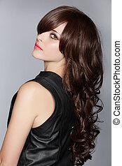 kvinde, hos, længe, brun, curly hår