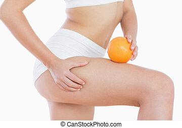 kvinde, lår, rummer, squeezes, hun, hud, appelsin, cellulite