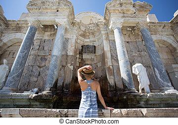 kvinde, rejsende, nyd, udsigter, i, ancient, byen, i, sagalassps