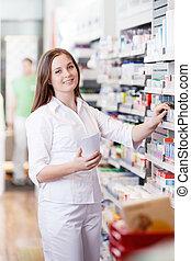 kvindelig, beliggende, ind, apotek