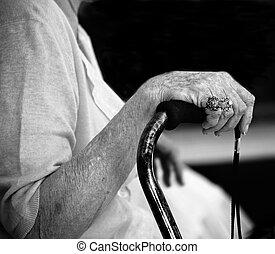 kvinna, äldre, hand