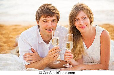 kvinna, begrepp, kärlek, par, smekmånad, tropisk, glas, solnedgång, man, champagne, strand, avnjut