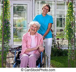 kvinna, carer, äldre, bak, professionell, lycklig