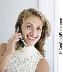 kvinna, cellphone.