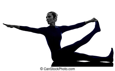 kvinna, exercerande, krounchasana, häger, pose, yoga, silhuett