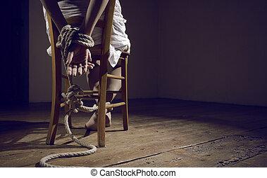 kvinna, fånge