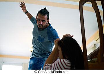 kvinna, fru, rädd, stridande, slå, hem, man