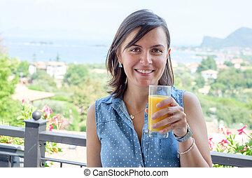 kvinna, glas, glad, juice, apelsin, drickande