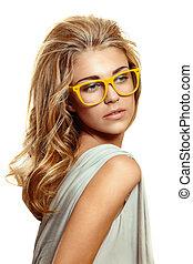 kvinna, gul, glasögon