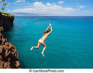 kvinna, hoppande, klippa, in i, den, ocean